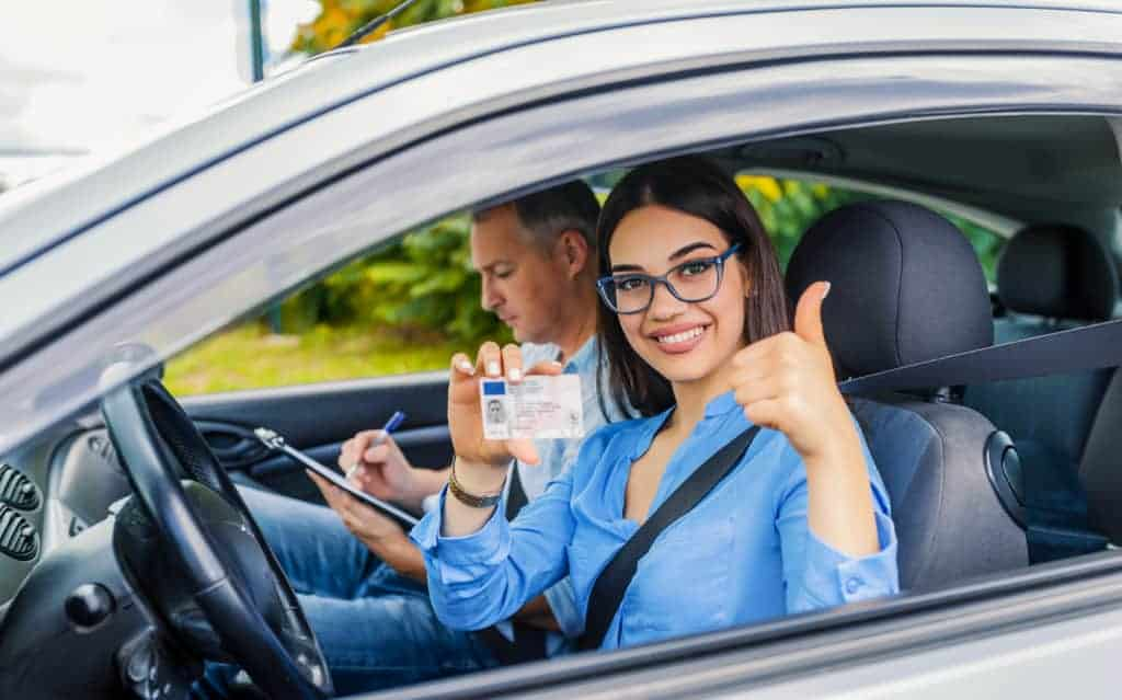 Usage abusif de permis de circulation et de plaques d'immatriculation